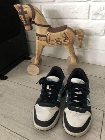 Adidas r. 36
