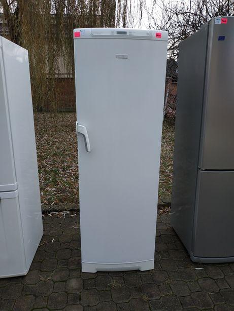 Морозильна камера Electrolux 285 л, A++, no frost, можлива розстрочка