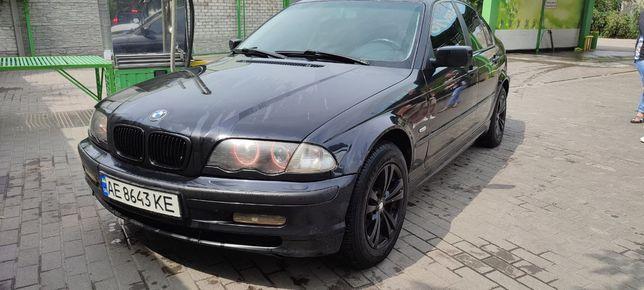 Продам BMW 318i е46
