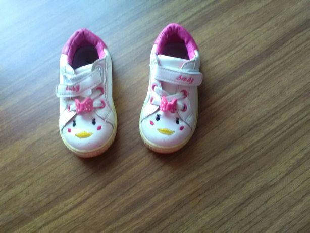 Крассовки кросівки для дівчинки