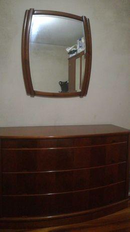 Cómoda + espelho