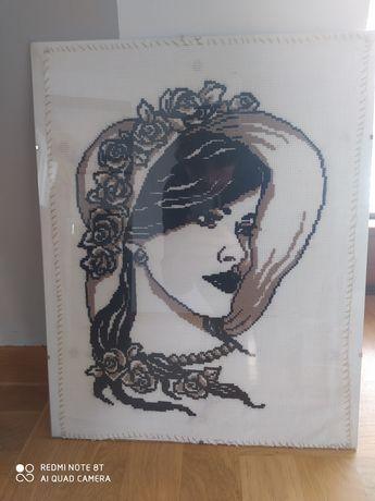Piękne kobiece hafty