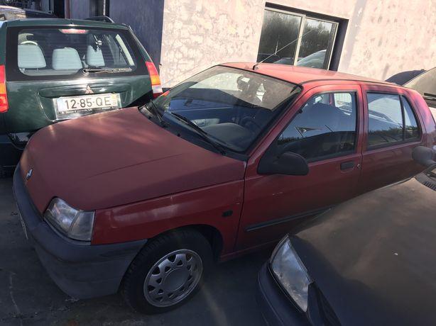 Renault clio para peças