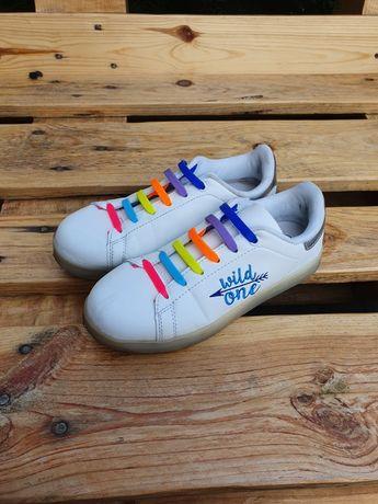 Buty świecące różnymi kolorami 34