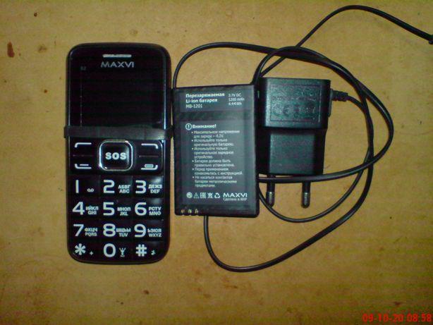Кнопочный телефон на две карты