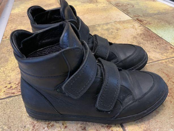 Ботинки подростковые 800 рублей