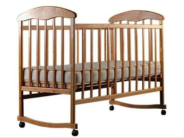 Кроватка детская Наталка с маятником