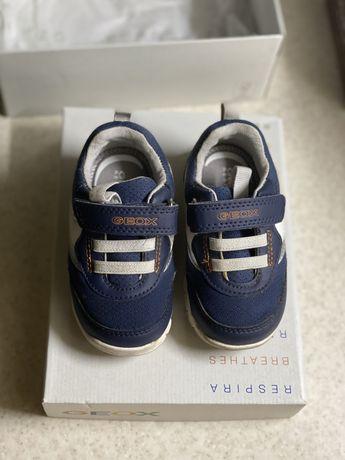 Детские кроссовки GEOX , 20 размер