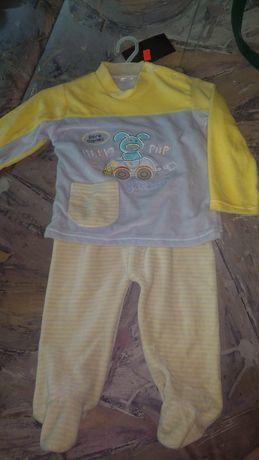 Nowy komplet bluzka + półśpiochy, rozmiar 74