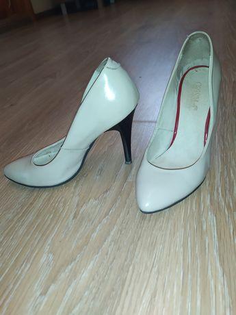 Туфли бежевые женские натуральная кожа