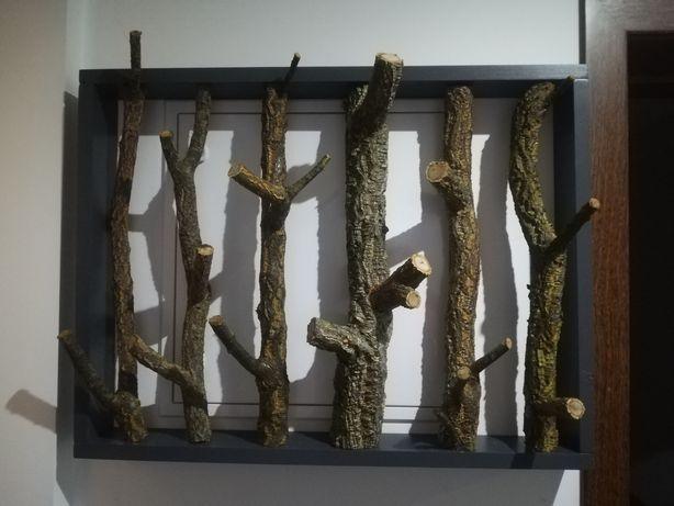 Cabide decorativo em madeira