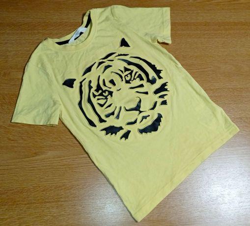 Крутая футболка с тигром зд