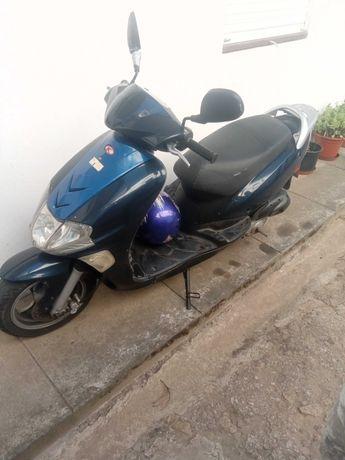 KYMCO scooter ciclomotor