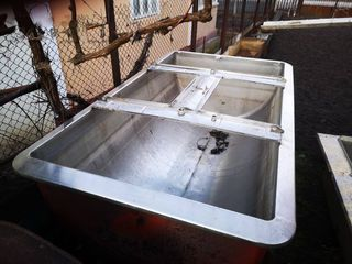 Емкость нержавейка пищ.. Ванна для охлаждения молока на 2,5м.куб. ГДР