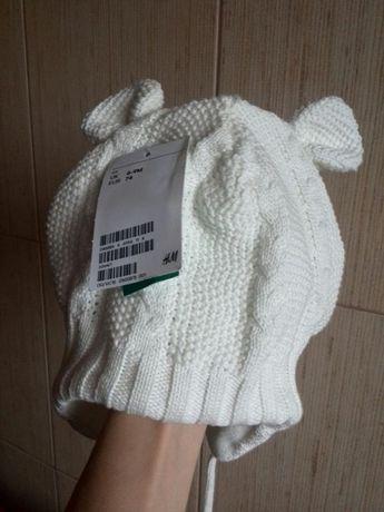 Зимняя шапка H&M.