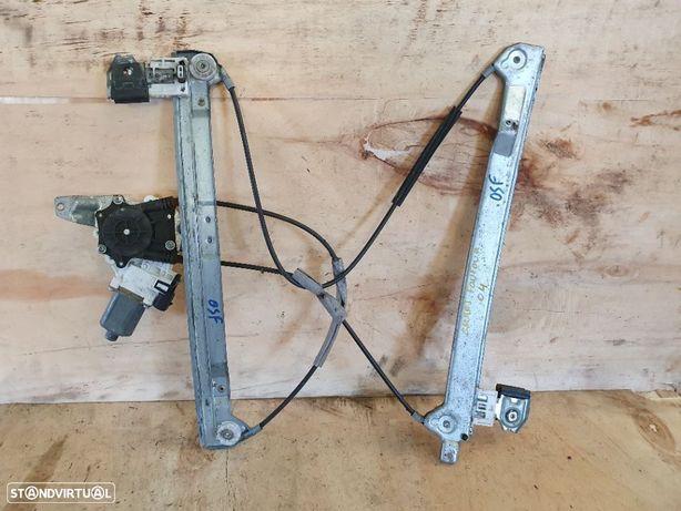 Elevador Electrico frente direito Smart Forfour - 2004 / 2006 - 0130822207
