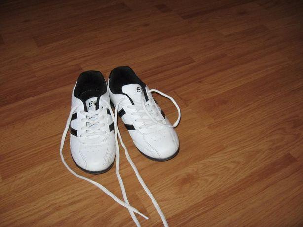 кросовки-футзалки erino (Польща) 36 розмір