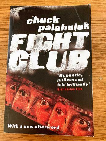 """Fight Club"" - Chuck Palahniuk [NOVO]"