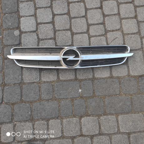 Atrapa grilla przód Opel Vectra C