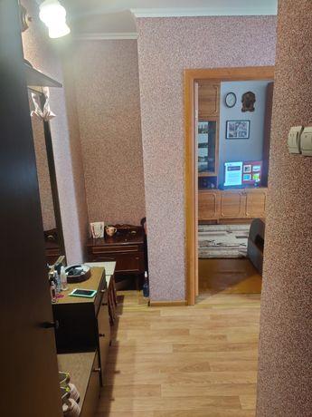 Продам квартиру 2-x кімнатну в центрі міста.