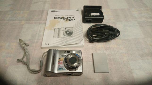 Aparat fotograficzny Nikon Coolpix 5200