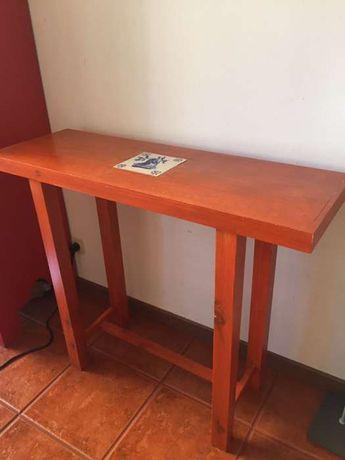 Consola / mesa de apoio / Viúva Lamego