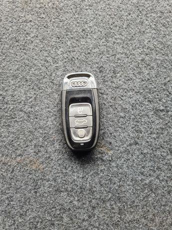Audi a8 d4 kluczyk pilot Keyles
