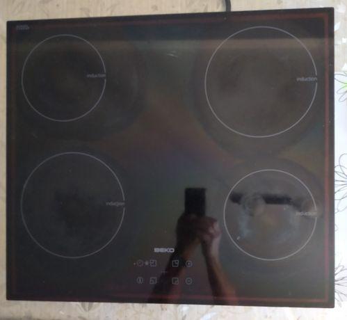 Płyta indukcyjna Beko HII 64401 AT / Napięcie zasilania 220-240