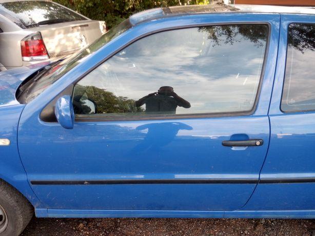 VW Polo 6n2 Lift FL 99-02 3d - Drzwi lewe kpl. LA5C elektryka