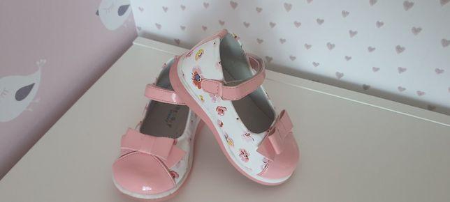 Туфли бело-розовые Beesky