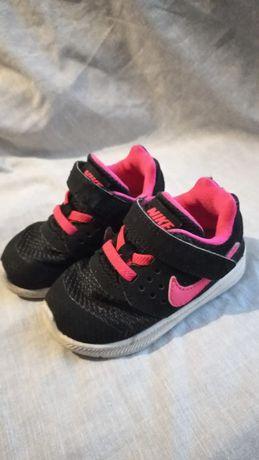 Кросовки для девочки Nike