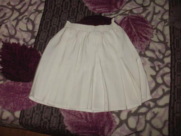 Белая юбка от 8 лет