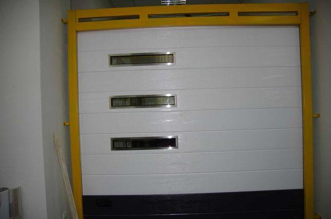 Ворота гаражные автоматические 2750 х 2540