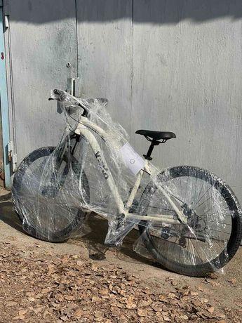Посадите девушку на велосипед!