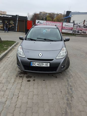 ТЕРМІНОВО Продам Renault Clio 2010