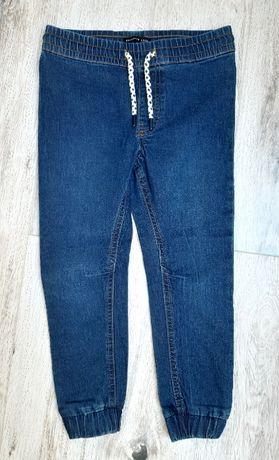 Nowe dżinsy Reserved rozmiar 116