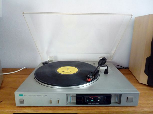 Gramofon Sansui P-D30,Direct Drive,wzmacniacz,tuner.