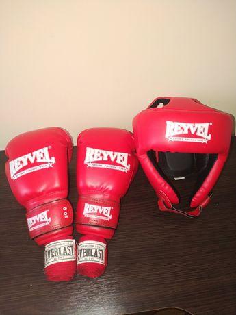 Продам боксерские перчатки, шлем и бинты