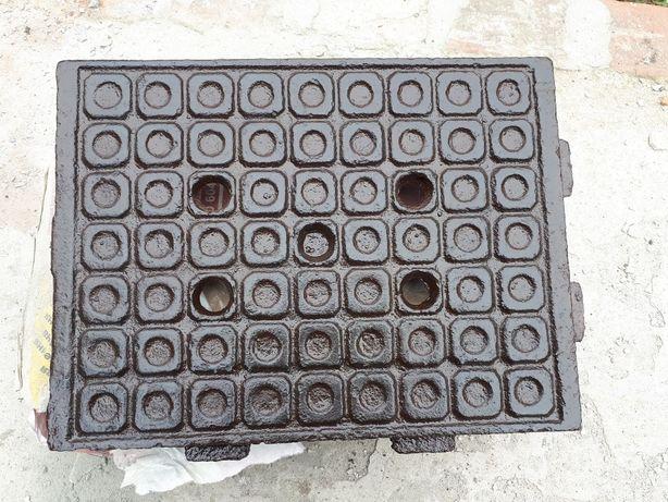 Чугунная напольная плита / плитка