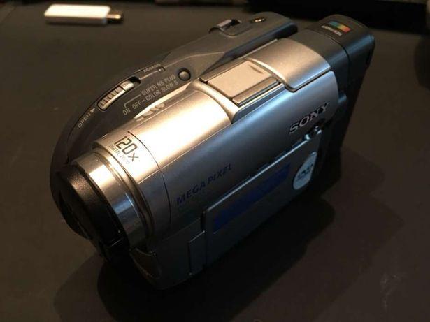 Câmera de Filmar Sony DCR-DVD201E handyman