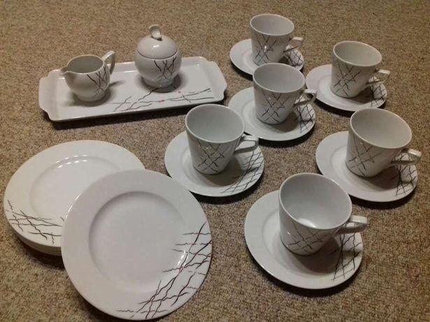 Serwis kawowy Lubiana Zestaw kawowy z polskiej porcelany, dla 6 osób.