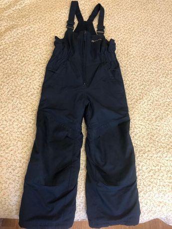 Продам зимние лыжные штаны как на мальчика так и для девочки