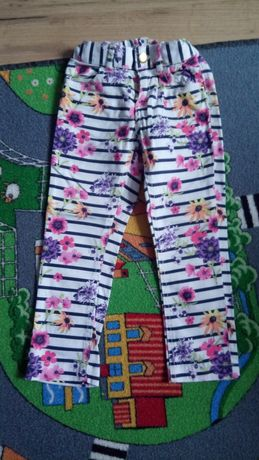 Spodnie rozmiar 116