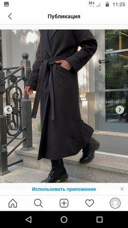 Женское Пальто зимнее двубортное, чёрного цвета