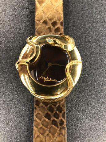 Часы Roberto Cavalli в состоянии новых