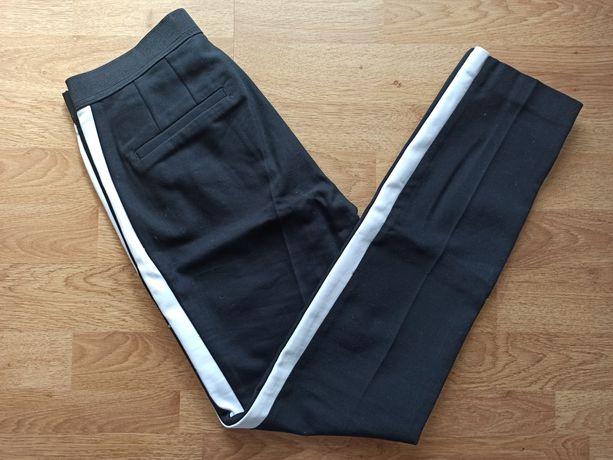 Nowe eleganckie spodnie Zara