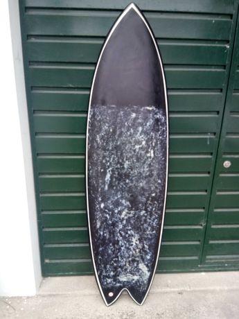 "Prancha de surf, modelo fish. 6""0"