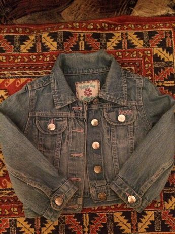 Джинсовая курточка на девочку
