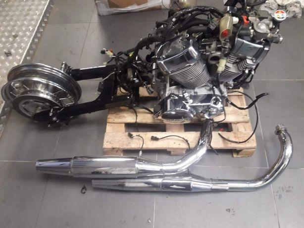 Silnik Vt 750 kompletny