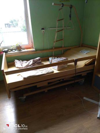 Łóżko rehabilitacyjne dla osoby niepełnosprawnej